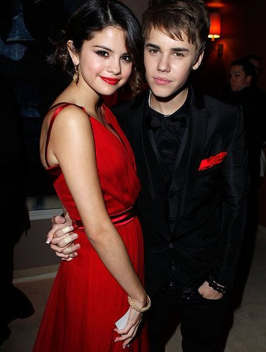Foto Justin Bieber dan Selena Gomez Mesra - The Facemash Post